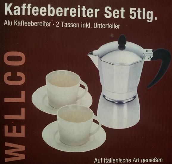 moka kávovar +2 šálky a podšálky