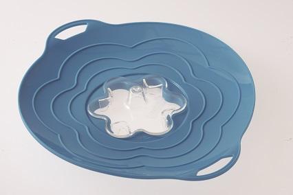 silikonová poklice proti vzkypění Vapo Twist Silikomart blue dar